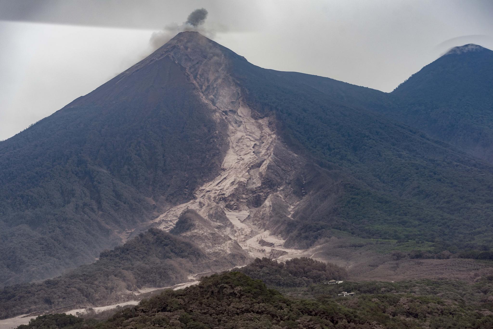 Boletín no. 5 volcán de fuego: Un millón 713 mil personas afectadas
